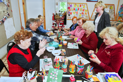 group of seniors doing artwork activities